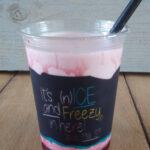 Vegan strawberry milkshake Sin Carne